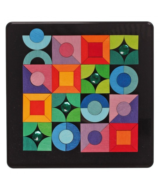 Puzzle magnetic cu 64 de piese geometrice și pietre strălucitoare Grimm's Spiel und Holz Design